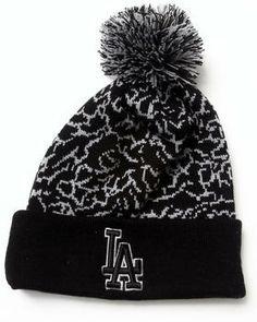 f81e7f28bc8 New Era - Los Angeles Dodgers Pomstatic Knit Hat