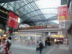 ¿EN AVIÓN O EN COCHE A BERLIN? - El diario de dos españoles en Berlin - Trabajar en Berlin
