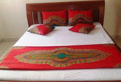 Kitenge bed runner with pillows cases and cushions covers for guest room. Duvet Cover Sets, Cushion Covers, African Interior Design, Building A Container Home, Ethnic Decor, African Home Decor, Bed Runner, Cushions, Pillows
