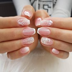 42 Stunning Neutral Nail Art Designs 2020 - Popular Post X French Nails, Ongles Gel French, Uñas Color Coral, Neutral Nail Art, Cruise Nails, Bridal Nail Art, Classy Nails, Easy Nail Art, Natural Nails