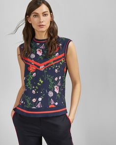 Explore women's knitwear at Ted Baker. From warm, wool jumpers to pretty dresses, you're sure to find something in this cosy collection. Outlet Clothing, Ted Baker Stores, Leather Trousers, Wool Suit, Sweater Outfits, Printed Leggings, Casual Wear, Knitwear, Floral Tops
