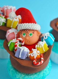 Bake Happy: Santa's Elf Christmas cupcakes