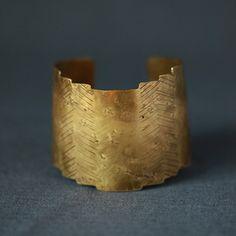 Brass Temple Cuff | Cisthene