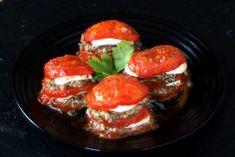 Tomaten- Mozzarella- Türmchen mit Basilikumpesto! – Preppie and me