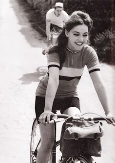 Vintage cycling women top