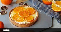 La tarta de queso va más allá de las famosas fundentes, descubre con esta de naranja y base de empanada una versión sorprendente y muy fácil de hacer. Grapefruit, Camembert Cheese, Cheesecake, Desserts, Belleza Natural, Food, Base, Baked Cheese, Empanada Dough
