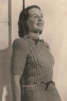 The Vintage Pattern Files: Free 1940's Knitting Pattern - Love at First Sight Sweater