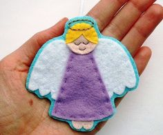 Sew a cute felt angel ornament this Christmas with my step-by-step angels sewing pattern! The PDF includes templates and instructions for sewing two styles of felt angel ornament, plus an angel embroidery pattern and an angel Christmas card tutorial. Felt Patterns, Pdf Sewing Patterns, Sewing Tutorials, Embroidery Patterns, Easy Patterns, Sewing Tips, Felt Christmas Ornaments, Christmas Angels, Christmas Crafts
