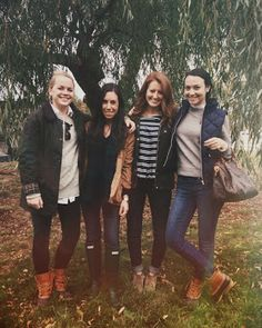 Bean Boots and Best Friends via @College Prepster
