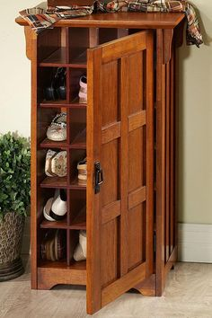 Entryway Organization–More Shoe Storage Ideas