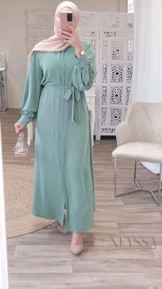 Modern Hijab Fashion, Hijab Fashion Inspiration, Abaya Fashion, Muslim Fashion, Mode Abaya, Iranian Women Fashion, Girls Fashion Clothes, Modest Outfits, New Abaya Style