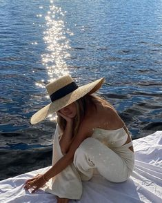 Summer Vibes, Summer Feeling, Feed Insta, Italian Summer, French Summer, European Summer, Summer Aesthetic, How To Pose, Nalu