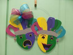 Mardi Gras masks Door Hanger.