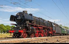 RailPictures.Net Photo: 012 066 Ulmer Eisenbahnfreunde e.V. (UEF) 01.10 at Amstetten, Germany by Georg Trüb