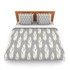"Amanda Lane ""Feathers Gray Cream"" Grey Pattern King Fleece Duvet Cover - Outlet Item"