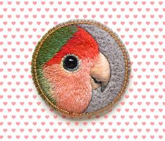 Lovebird . brooch . handmade . felt . needle felted . by cOnieco