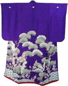 This is a graceful purple uchikake from Taisho period(1912-1925).  Crane, ume blossom and pine tree motifs are dyed vividly in the graceful purple background.  Many parts are added fine embroidery work.  Textile is plain silk, and bottom is heavily padded.