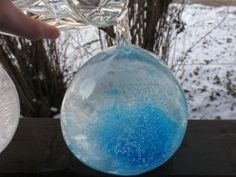 How To Make Decorative Ice Gems For Your Yard (With Step-By-Step Images)