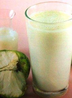 jugo-de-chirimoya-con-leche.JPG