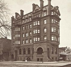 The historic Corn Exchange Bank Building on Harlem's 125th Street has completed renovation. Take a tour through past and present of this landmark building NYC.