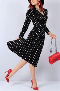 The Dress, Dresses With Sleeves, Long Sleeve, Vintage, Fashion, Moda, Full Sleeves, Fashion Styles, Gowns With Sleeves