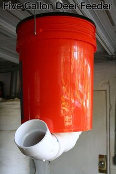 Did you know you can build your own deer feeder out of a five gallon bucket? This is a great option for anyone interested in hunting in the outdoors. There are multiple designs out there, widely different from each other, depending on … Continue reading → Bow Hunting Deer, Quail Hunting, Deer Hunting Blinds, Turkey Hunting, Archery Hunting, Archery Bows, Hunting Cabin, Coyote Hunting, Pheasant Hunting