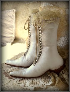 victorian boots - my shabby white home