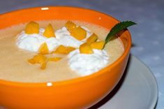 Kinga-konyha: Őszibarack krémleves Lime, Food And Drink, Pudding, Eat, Limes, Custard Pudding, Puddings, Avocado Pudding, Key Lime