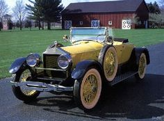 1920 Barley Roamer roadster to be parked at front of hotel, with directions to level 3 ballroom for guests