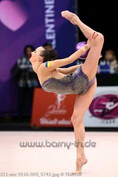 Ganna Rizatdinova (Ukraine) won bronze in ball finals at World Cup (Espoo) 2016