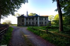 Seaview Villa (D) May 2014  abandoned house at the baltic sea Ostsee urbex decay Photo by: Jascha Hoste