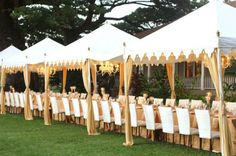 Love this look! Stylish tents - Photo by Aaron Snow Photography. Marquee Wedding, Tent Wedding, Dream Wedding, Brunch Wedding, Wedding Reception, Tent Decorations, Wedding Decorations, Snow Photography, Maui Weddings