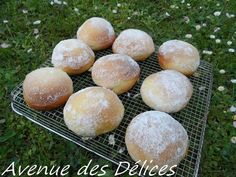Beignets au four (thermomix) - Avenue des délices Beignets Au Four Thermomix, Dessert Thermomix, Bread Rolls, Doughnuts, Family Meals, Biscuits, Attention, Vegetarian Recipes, Deserts