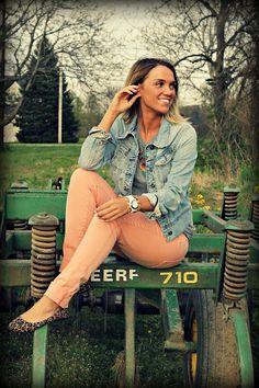peach pants #jeanjacket #leopardflats www.popofstyle.com