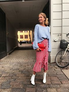 The Skirt Everyone Is Buying Right Now