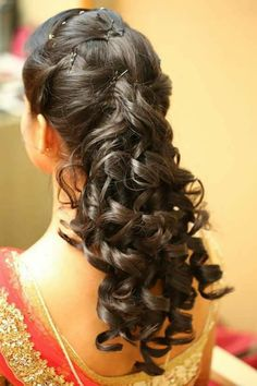 3 Prodigious Cool Tips: Funky Hairstyles For Kids messy hairstyles for marriage.Women Afro Hairstyles Girls feathered hairstyles over Women Hairstyles Up Dos. Wedge Hairstyles, Hairstyles With Bangs, Braided Hairstyles, Cool Hairstyles, Hairstyles 2018, Updos Hairstyle, Brunette Hairstyles, Feathered Hairstyles, Formal Hairstyles