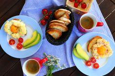 Cloud Eggs sind der Hit - wer beim nächsten Frühstück überraschen will muss das gleich ausprobieren und dann auf Wolke7 schweben. Avocado, French Toast, Eggs, Clouds, Blog, Recipes, Levitate, Oven, Cooking