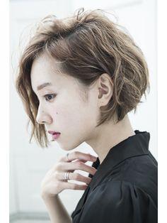 【mielhair新宿】ミルクティーカラー☆耳かけショートボブ♪ - 24時間いつでもWEB予約OK!ヘアスタイル10万点以上掲載!お気に入りの髪型、人気のヘアスタイルを探すならKirei Style[キレイスタイル]で。