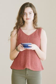 tamsin by dawn catanzaro / from the kestrel 2016 collection by the quince design team / in quince & co. kestrel, color anemone