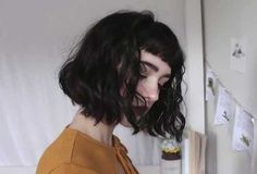 Good Choice Short Haircuts with Bangs in 2018 Short haircuts with bangsmight be hard to deal with if you have thick hair nonetheless shorthaircuts with bangsare the new trend to focus on. Hairstyle Ideas - June 29 2019 at Short Curly Hair, Wavy Hair, Short Hair Cuts, Curly Hair Styles, Thick Hair, Short Wavy, Curly Bangs, Short Haircuts With Bangs, Hairstyles With Bangs