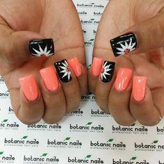 Instagram photo of acrylic nails by Helen @ botanicnails