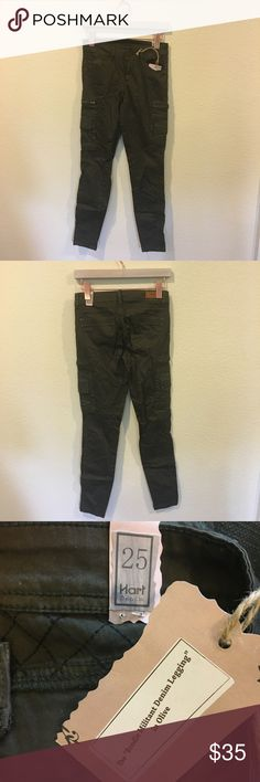 NWT Hart denim 'the Brodie militant leggings' New! Cute leggings in the color olive! From the Brighton The Day blog. No trades. Hart Denim Pants Leggings