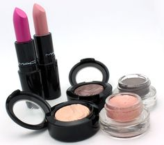 MAC Glamour Daze Collection Reviews and Swatches