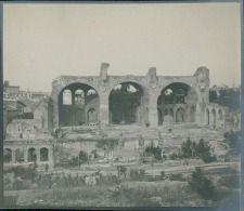 Italia, Roma. Il Foro. Basilica di Constantino, ca. 1905