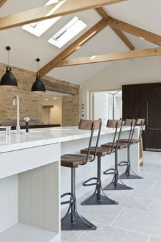 7 Kitchen Design Ideas to Learn from Luxurious Bespoke Kitchens! is a fantasy joy ride for lovers of classic, luxurious, bespoke kitchen design who aspire… Barn Conversion Interiors, Contemporary Kitchen Design, Contemporary Kitchen, Contemporary Bathrooms, Contemporary House, Barn Interior, Contemporary Farmhouse, Home Decor, Barn Conversion
