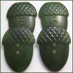 Bakelite ACORN Buttons - I love acorns - a symbol of growth, strength & unlimited potential.