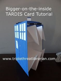 Triple Threat Librarian: Tutorial: Bigger-on-the-inside TARDIS card | DIY Relics