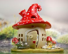 Honiglicht-Keramik - Home Mushroom Decor, Mushroom House, Clay Fairy House, Fairy Houses, Gnome House, Clay Houses, Ceramic Houses, Polymer Clay Projects, Diy Clay