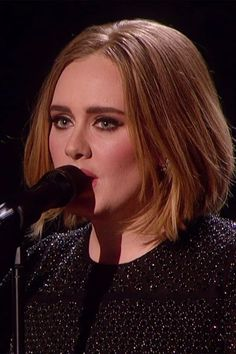 Adele shows off her new bob hairstyle on X Factor