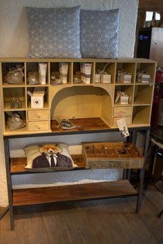 Einzelstück. Design by Sachensucherei Metal Furniture, Wood And Metal, Industrial Style, Design, Homes, Metallic Furniture